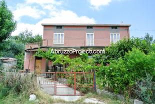 2 bed Detached property in Abruzzo, Chieti, Casoli