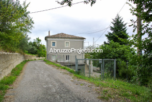 6 bedroom Character Property for sale in Abruzzo, Chieti...