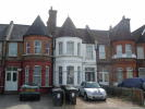 2 bed Ground Flat in London, E11