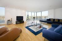 3 bedroom Flat to rent in Providence Tower...