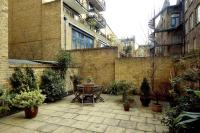 2 bedroom Flat to rent in Horselydown Mansions...