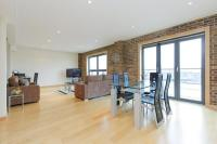 2 bedroom Apartment in Tea Trade Wharf...