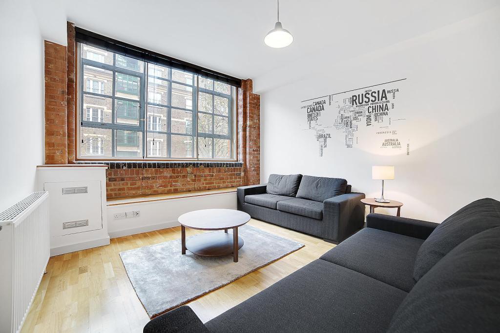 Main Living Area (Ma
