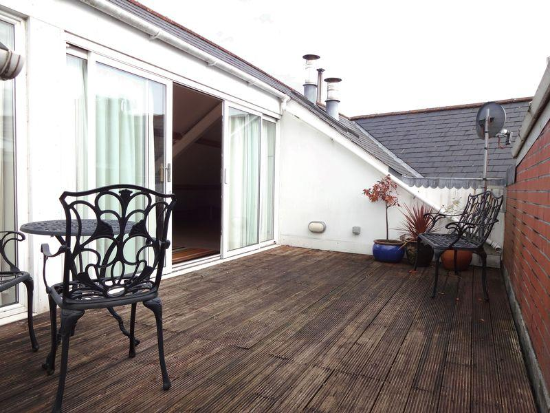 1 bedroom apartment for sale in ocean house cardiff bay cf10 for Roof terrace definition