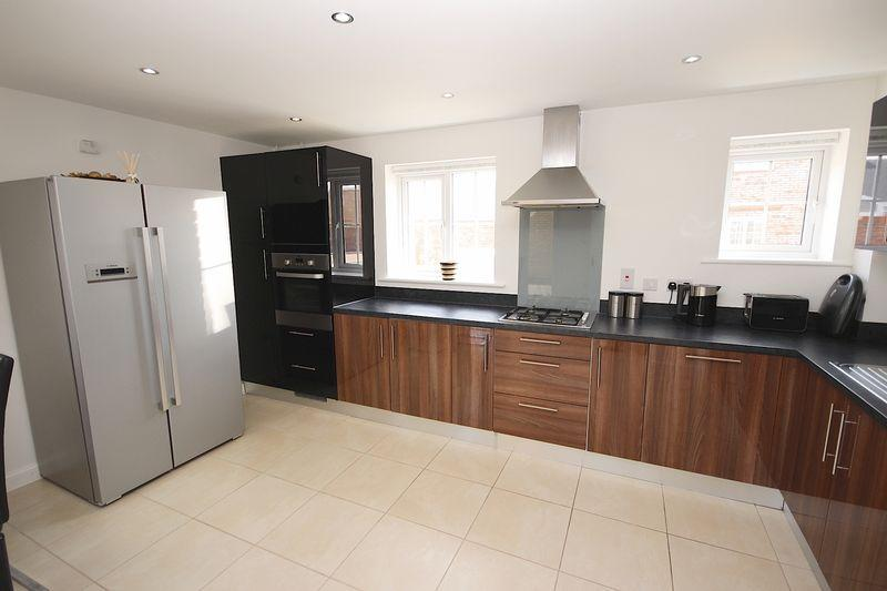 4 Bedroom Detached House For Sale In Scholars Drive Penylan Cardiff Cf23