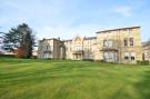 Flat for sale in Leavesden Court...