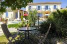 5 bedroom Villa in Uzès, Gard...