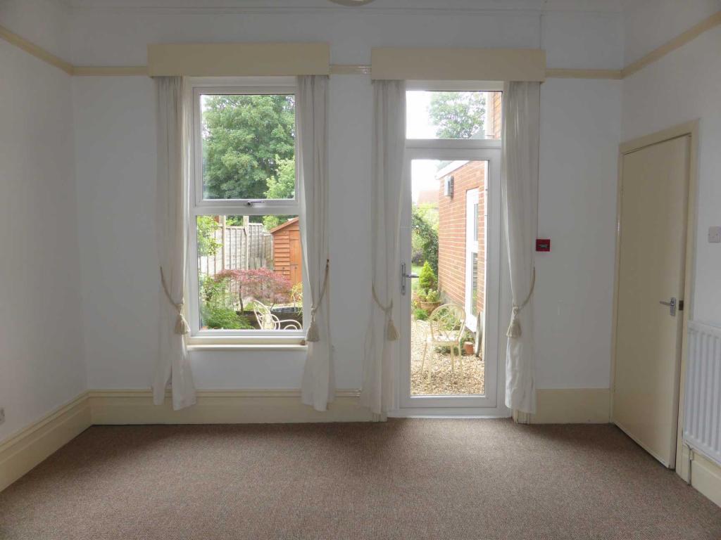 Flat Five Bedroom 1