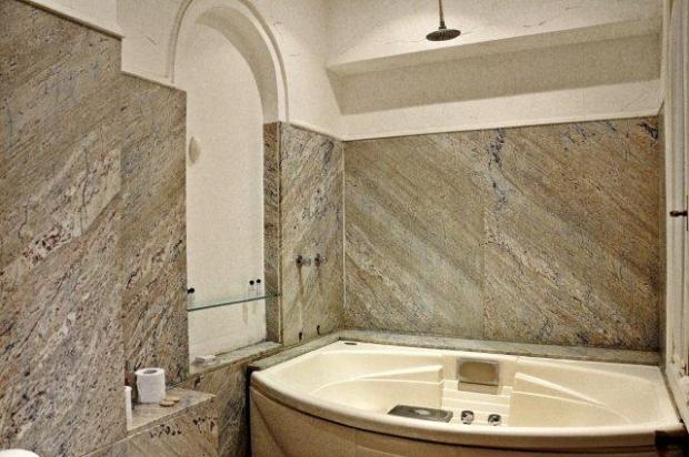 Marble Jacuzzi Bath