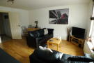 Flat to rent in Elmcourt Road, London...