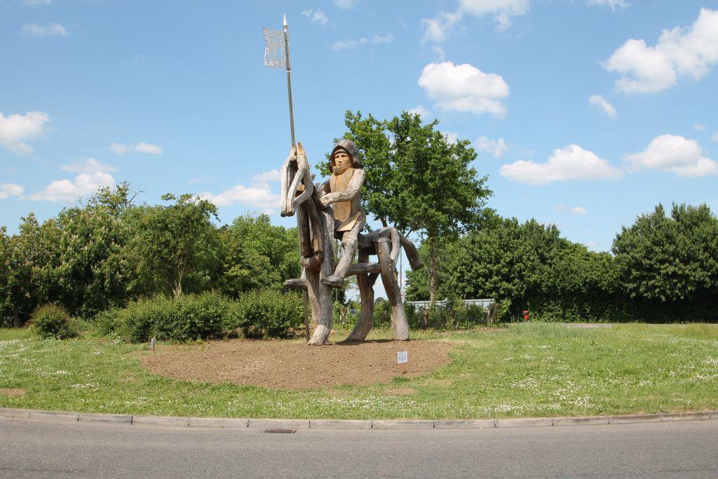 statue 2.JPG
