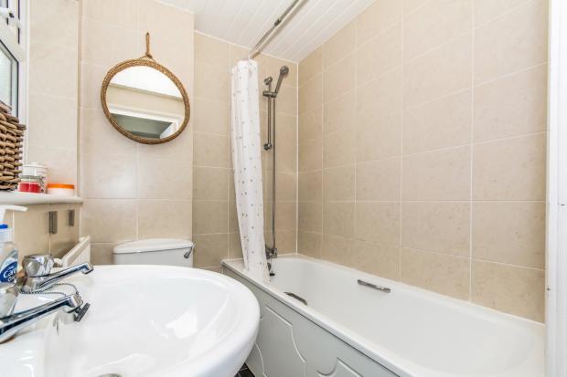 2 Bedroom Terraced House For Sale In Crompton Street Ashton Under Lyne Greater Manchester Ol6