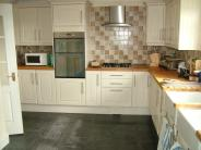 5 bed Detached property for sale in Tonyrefail, Porth