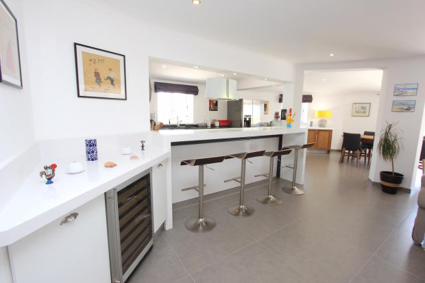 Bar area kitchen carvoeiro