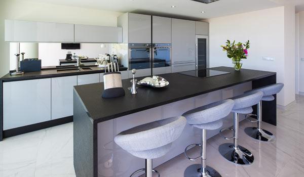 Luxury equipped kitchen