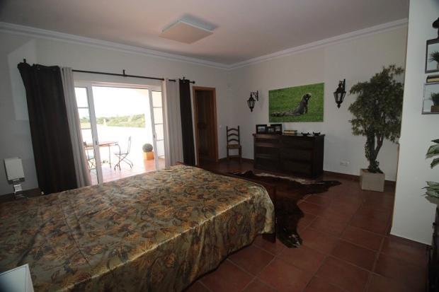 master bedroom access to balcony