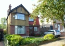 3 bed property in Downs Hill Beckenham BR3