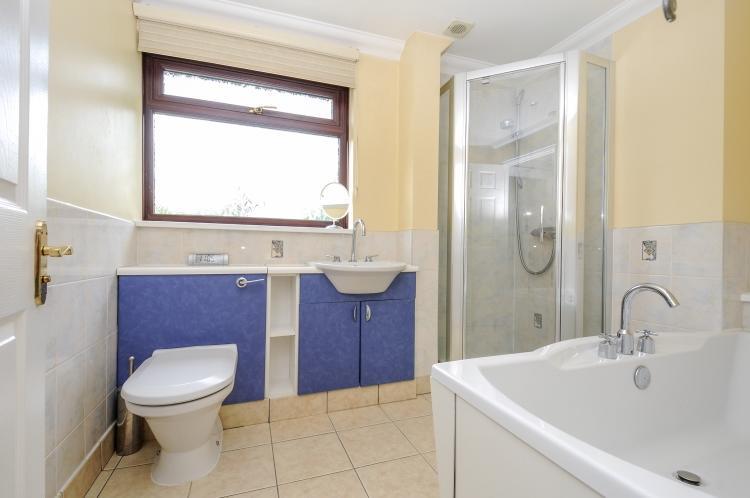 Bathroom 2 high res