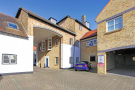 property to rent in 6 Britannia Court The Green, West Drayton, UB7 7PN