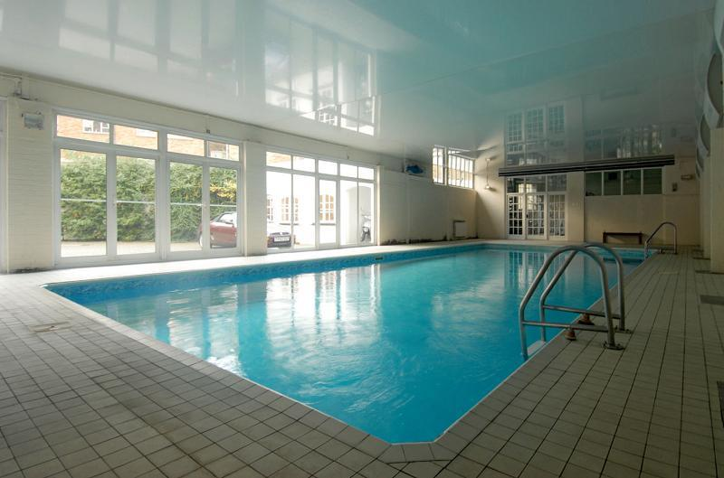 1 bedroom apartment to rent in beaufoy house regents house vauxhall sw8 sw8 for Houses to rent with swimming pool uk