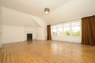 4 bed Flat to rent in Queens Avenue Muswell...