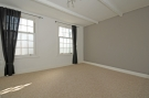 Penthouse to rent in Cheltenham Road Peckham...