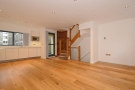 4 bed Flat to rent in Miles Place St John's...