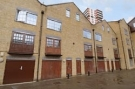 3 bed home in Pump House Close Surrey...
