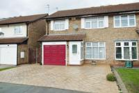3 bedroom semi detached house in Heaton Close...