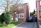 2 bed semi detached house to rent in Malham Gardens, Halfway