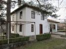 3 bedroom Village House for sale in Sredni Kolibi...