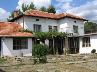2 bedroom Village House in Gabrovo, Gostilitsa