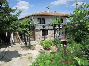 3 bed Village House for sale in Veliko Tarnovo...