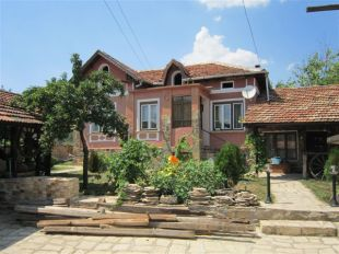 3 bed Village House in Veliko Tarnovo...