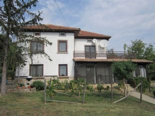 4 bedroom Village House for sale in Gabrovo, Lovnidol