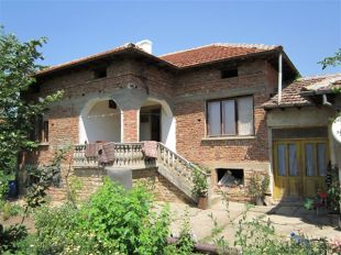 Village House for sale in Veliko Tarnovo, Pavlikeni