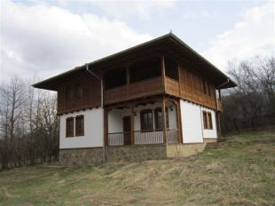 Village House for sale in Veliko Tarnovo, Elena