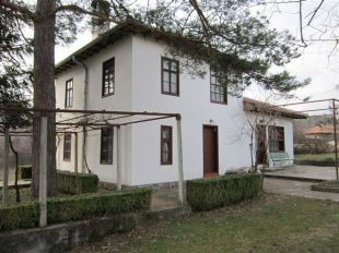 3 bedroom Village House for sale in Veliko Tarnovo, Elena
