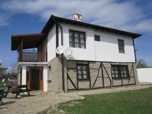 Village House for sale in Gabrovo, Tryavna