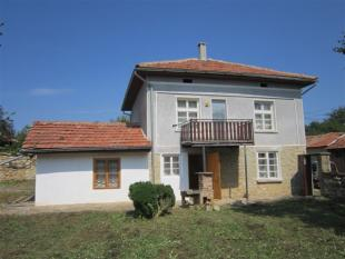 Village House for sale in Mladen, Gabrovo