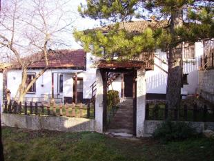 3 bedroom Village House in Dve Mogili, Ruse