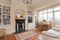 5 bedroom home in Conway Road, London, N14