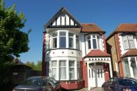 Flat for sale in Lodge Drive, London, N13