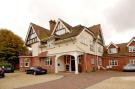 1 bed Apartment in Heath Road, Petersfield...