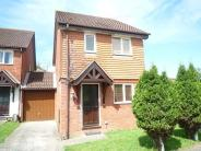 house to rent in Erskine Close, Bewbush...