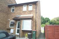 1 bedroom property to rent in Gorse Close, Broadfield...