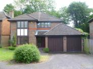 4 bed Detached house to rent in Russell Hill Road...