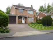 Detached house in Highlands, HATFIELD...