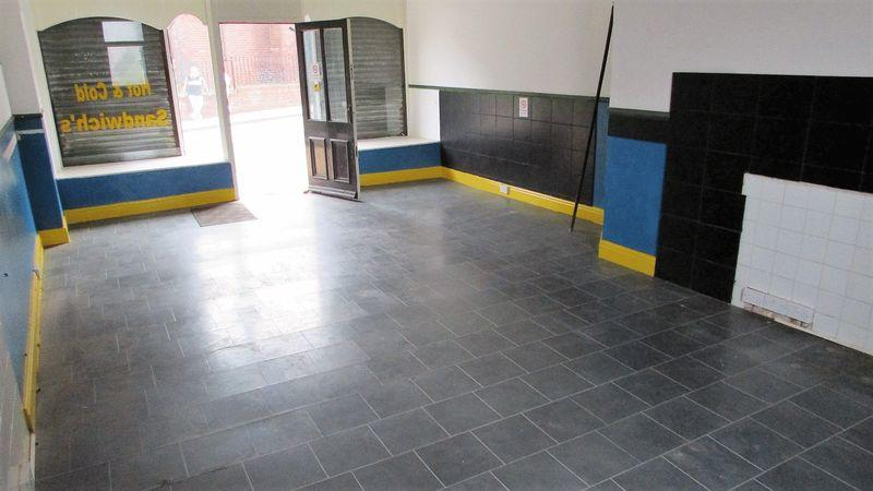 Interior 01
