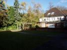 2 bed Flat to rent in The Grove...